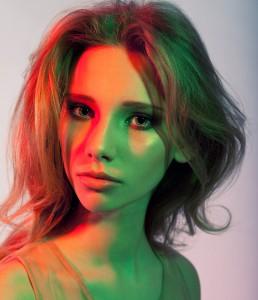 Использование цветных фильтров в фотографии. Студийный портрет. Фотограф Станислав Миронов. Цветные фотофильтры